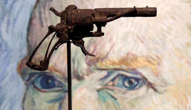 外媒:疑似梵高自杀所用手枪拍卖16.25万欧元