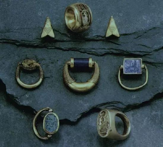 埃及出现了兼顾装饰和实用功能的图章戒指