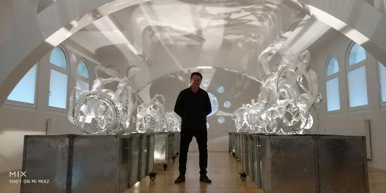 王璜生在波恩展厅