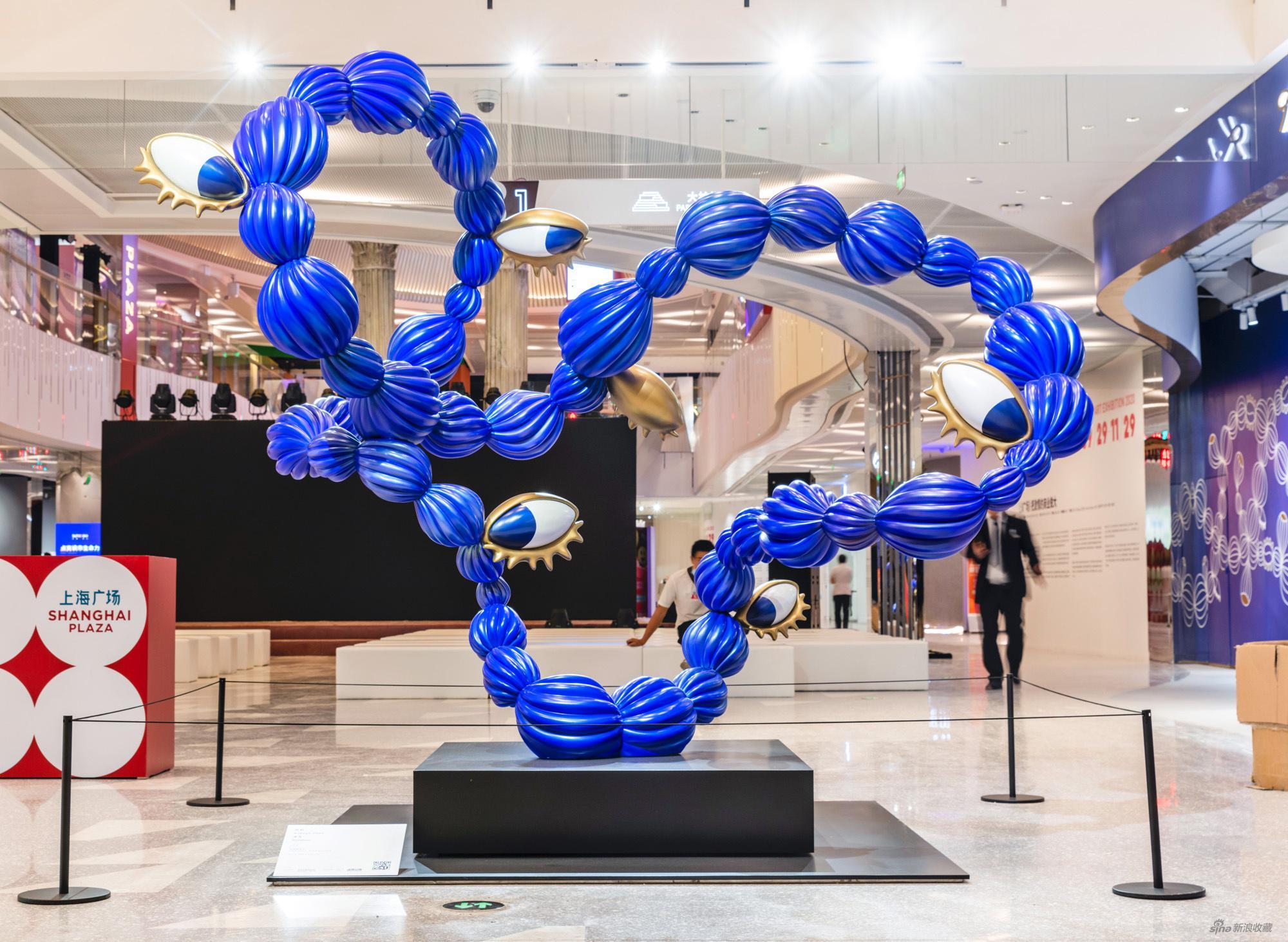 陈莉,《关系》,2020,玻璃钢着色,165 x 304 x 265 cm