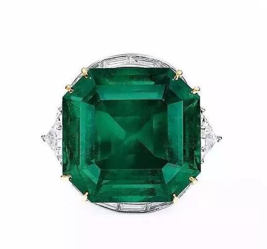 45.94克拉天然哥伦比亚祖母绿配钻石戒指   中国嘉德2017年秋季拍卖会