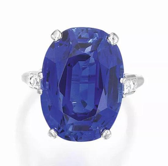 18.47克拉蓝宝石,2017年拍卖成交价212,500 美元