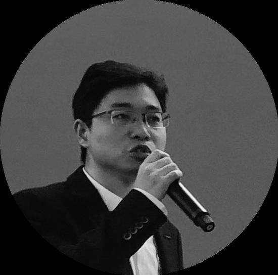 李龙(成都博物馆副研究馆员)