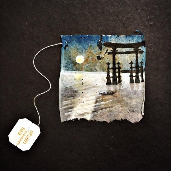 画中为位于广岛县宫岛的严岛神社,已被联合国教科文组织列为世界文化遗产。