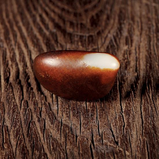 02572号拍品 新疆和田玉红皮籽料原石(玩料)