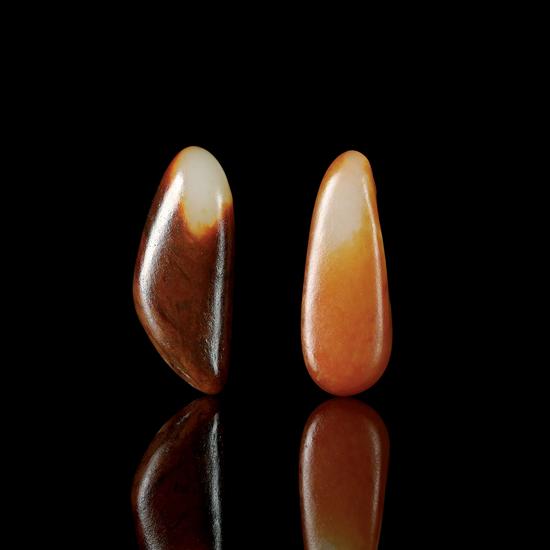 02571号拍品 新疆和田玉籽料原石(一对)