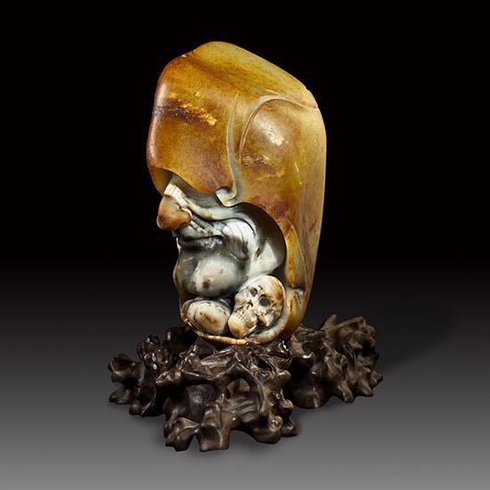 苏然 和田玉籽料蒙面巫师摆件   18×9×7.5cm 1864g