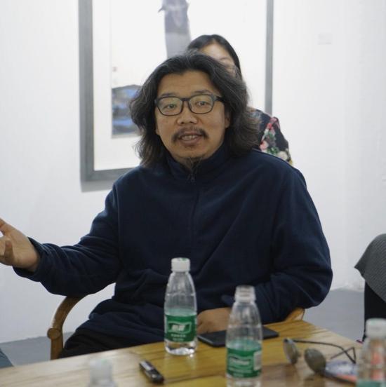 ▲ 诗人、艺术家、艺术批评家孙磊