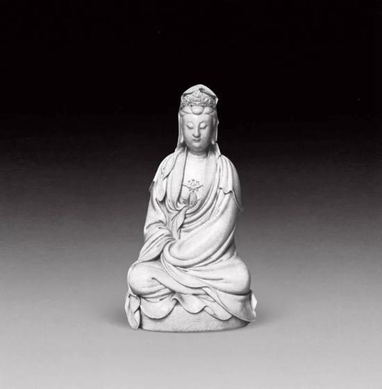 法国吉美博物馆藏    何朝宗款白衣观音坐像