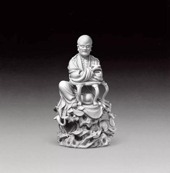 故宫博物院藏   明白釉何朝宗款寿星像