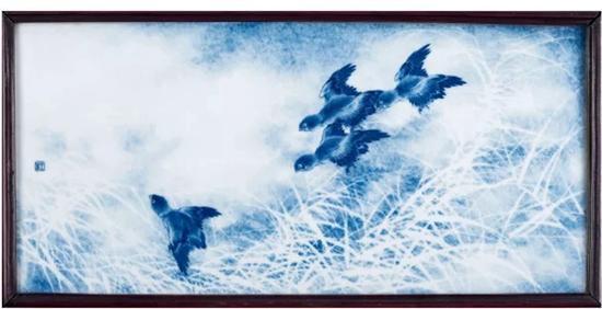 民国 王步绘青花芦雀图瓷板   成交价:RMB 4,255,000