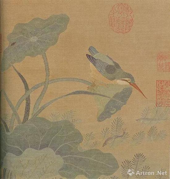 宋 缂丝翠羽秋荷   纵24.7厘米,横25.4厘米   台北故宫博物院藏
