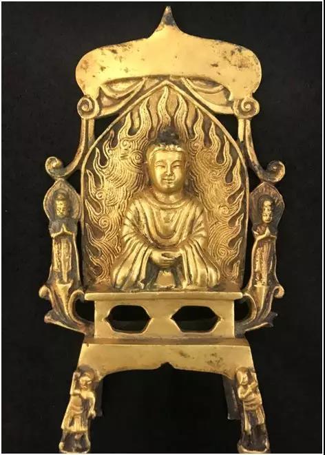 北魏铜鎏金佛像   尺寸:19x11cm