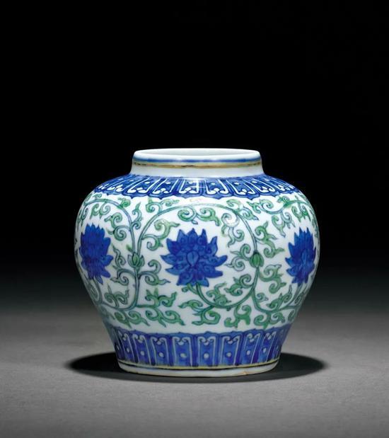 誠軒20秋拍瓷器工藝品丨珍貴而少見的明瓷名品