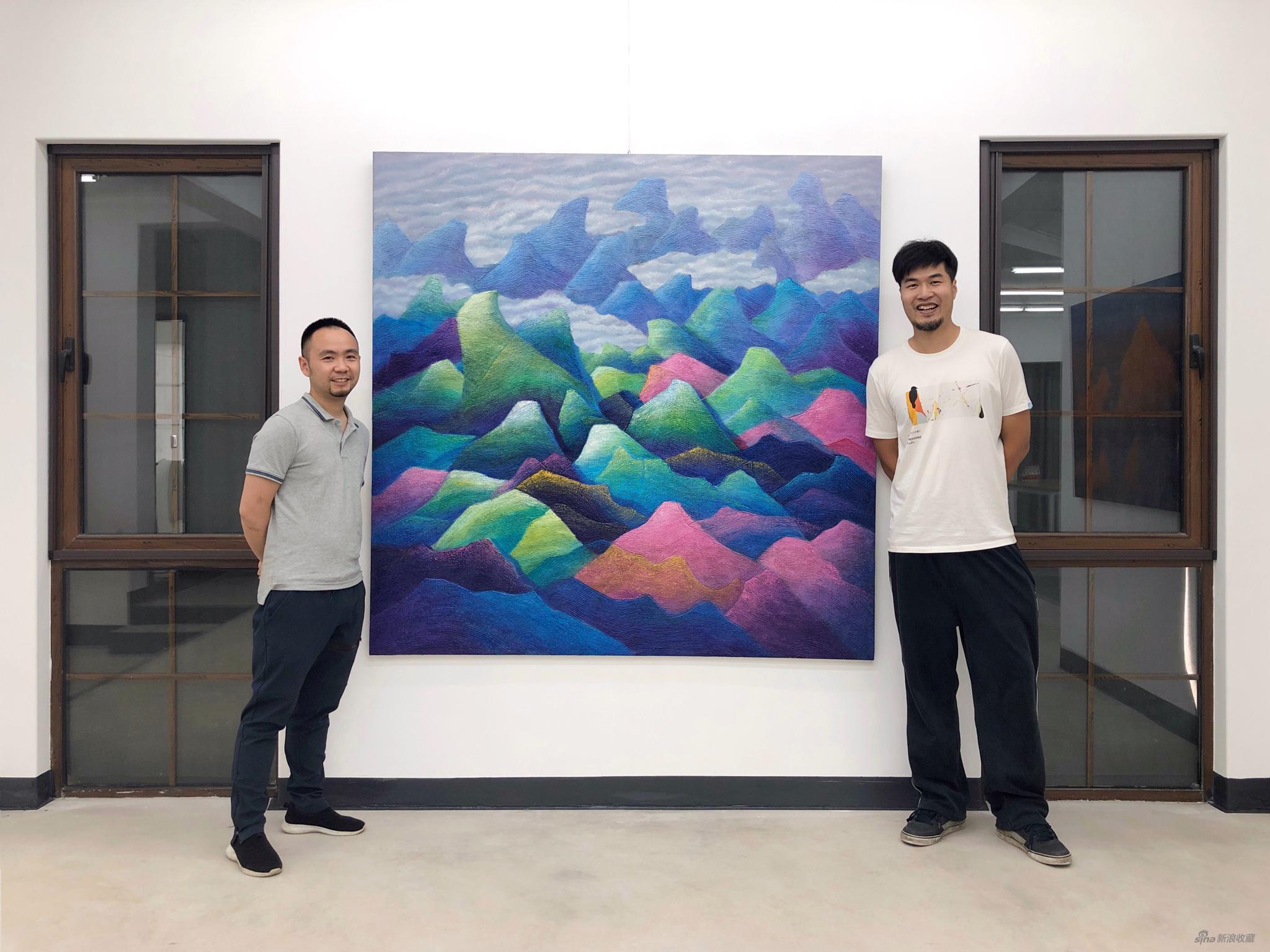朱佩鸿与艺术家彭勇合影