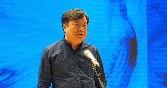 上海美术学院院长助理、史论系主任李超