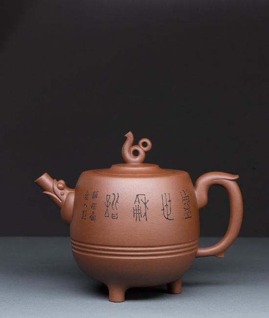 艺术家鲍志强作品 盛世宝鼎壶