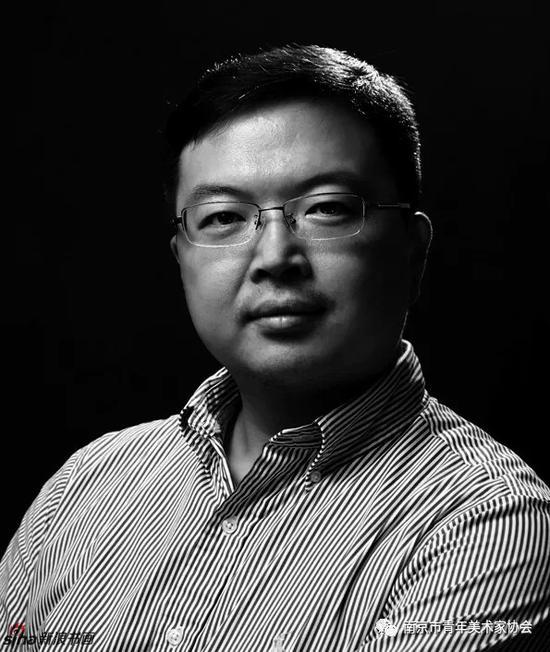 """""""映日荷花""""别样红?看看南京市政协画廊画展赏析"""
