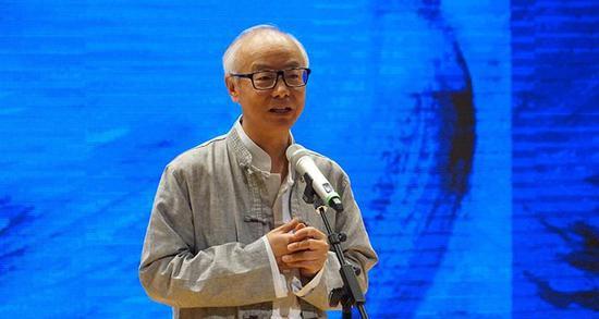 上海油画雕塑院院长肖谷