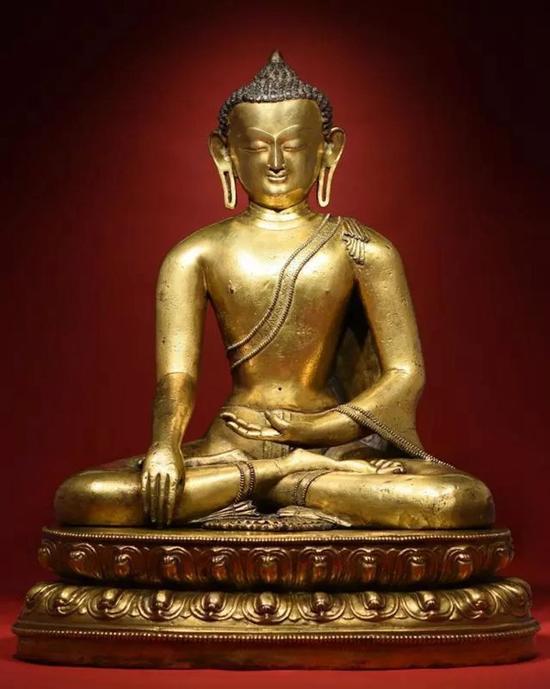 14世纪 铜鎏金释迦牟尼   H:55.5cm   成交价:RMB 9,200,000
