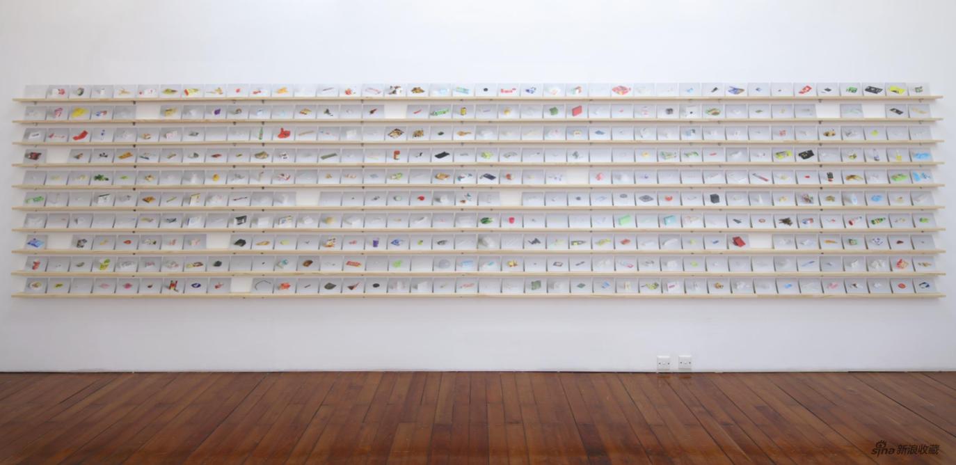 《无所不在的图像(无人商店)》 黄咏瑶 装置(2400张明信片)尺寸可变 2021