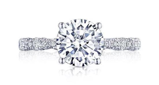 什么样子的钻石才是2017年最受大众欢迎的?