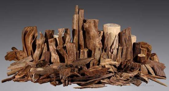 巧妙分辨沉香木和檀香木