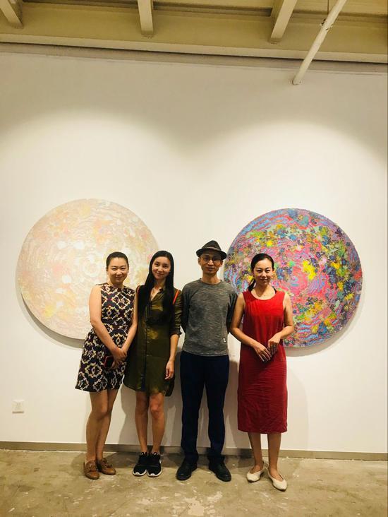 嘉宾合影 左起:鲍禹、姜淼、张长收、陈卓
