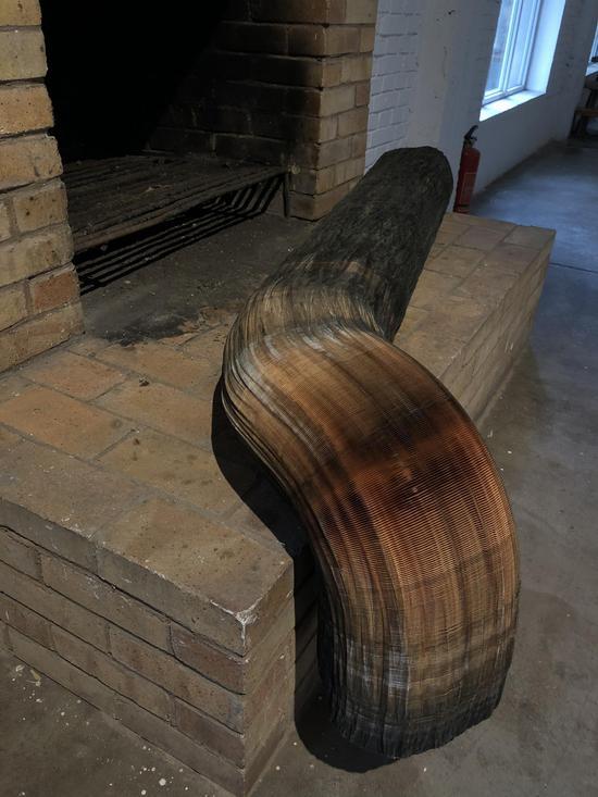 李洪波《自然系列——木方》装置 纸雕塑 尺寸可变2012年