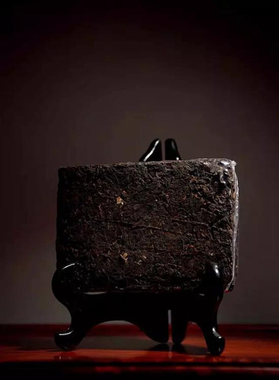 民国初期 可以兴砖茶   成交价:RMB 828,000