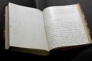 英国大作家手稿来上海图书馆展出