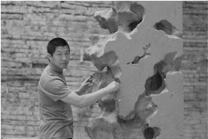 生命的张力 多维的意象—陈辉环境雕塑艺术的感知