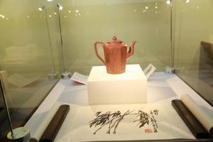 墨韵金砂:紫砂文人壶艺术展亮相京城