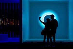 科切拉音乐节PORTALS光艺术装置