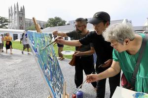 艺术来敲门 西什库艺术季融合艺术与社区