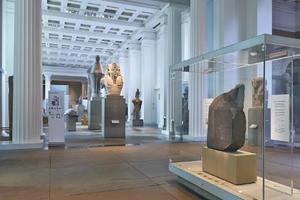 大英博物馆推出全新展览方式 VR复活文物