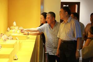 佛道天地宽——佛教道教内画艺术作品展在京开幕