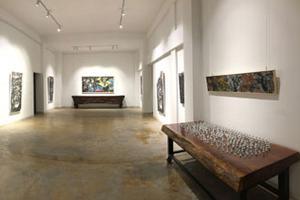 踩着语言的梯子出走——玖层美术馆举办高宏作品展