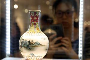 美媒:中国藏家购遗失文物 把中国东西从欧洲吸走