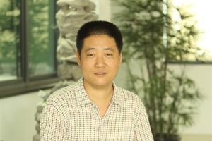 中国紫砂艺术年鉴2017-2018之朱永良