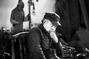 李先海:一位草根雕塑家