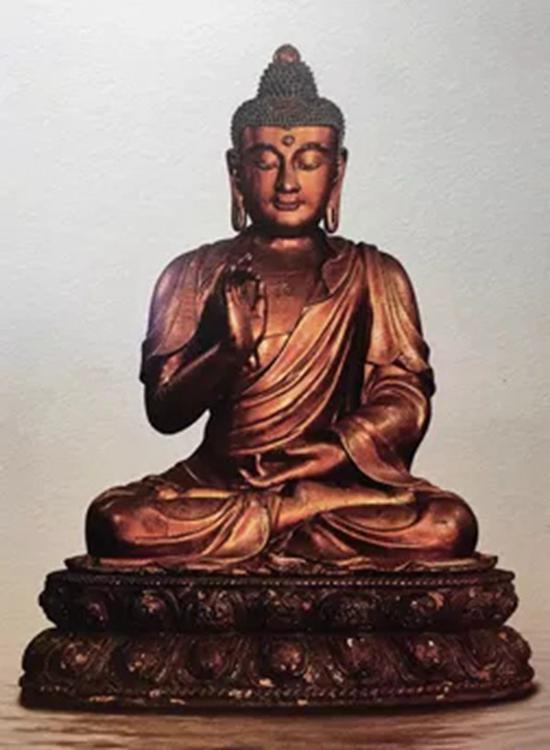 参阅:明代成化时期 宫廷官造夹纻漆金释迦牟尼坐像,台北鸿禧美术馆藏品。