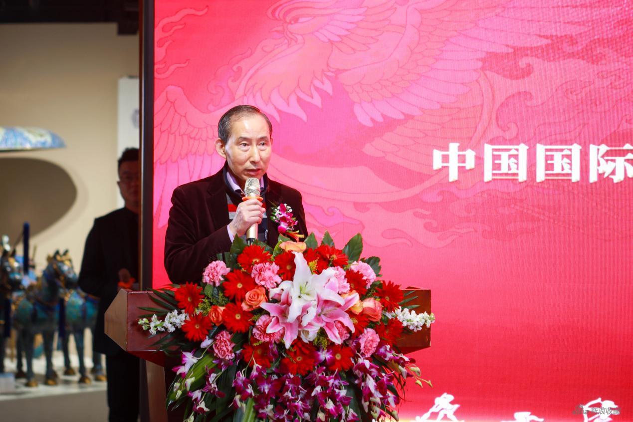 中国国际文化传播中心执行主席龙宇翔发言