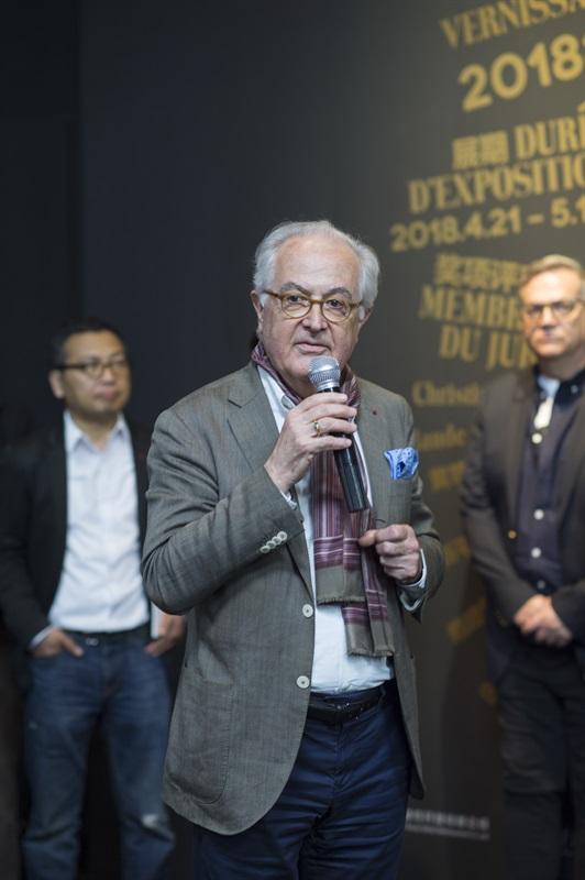 艺术8协会主席、原巴黎美术学院院长亨利-克洛德·顾索(Henry-Claude Cousseau)