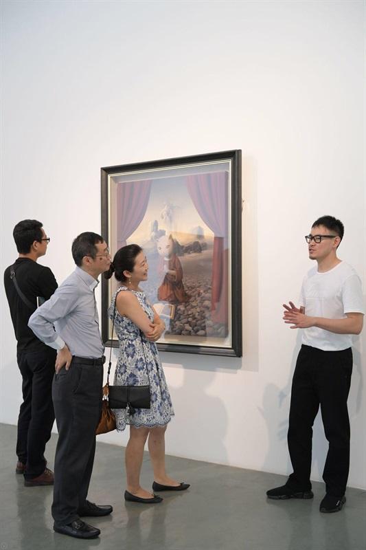张凯在艺·凯旋画廊的第三次个展《礼物》