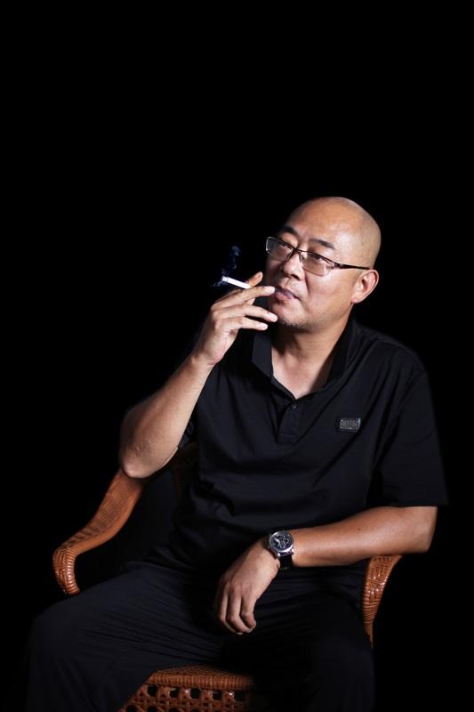艺术家陈瑜