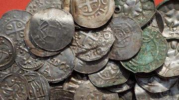 """业余考古学家在德国吕根岛发现""""蓝牙""""宝藏"""