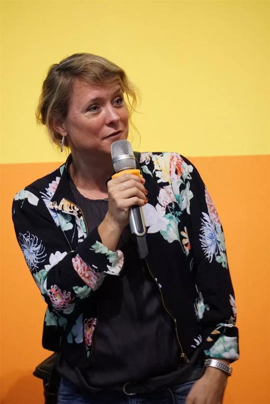 荷兰一分钟工作坊主讲教师导演安雅女士