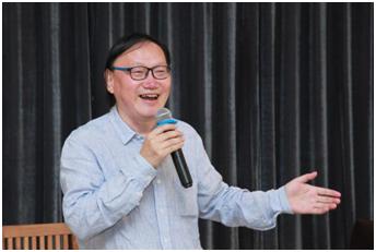 著名艺术评论家徐明松