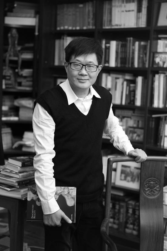 吕澎:新星星学术总监